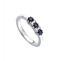 SAPPHIRE TRILOGY WHITE GOLD RING